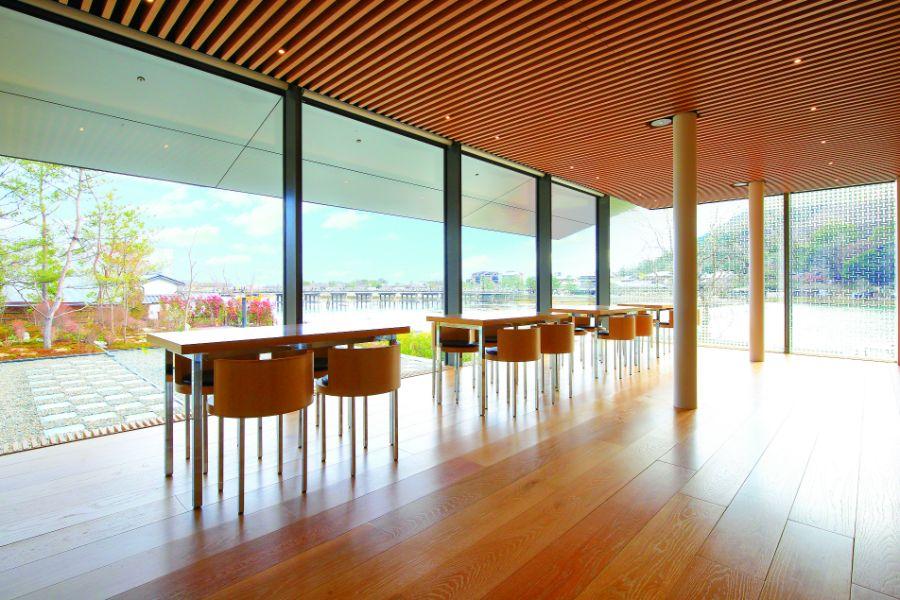 眺めの良い福田美術館のカフェ