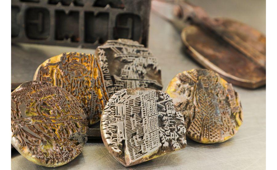 田中金盛堂で使われている焼き印