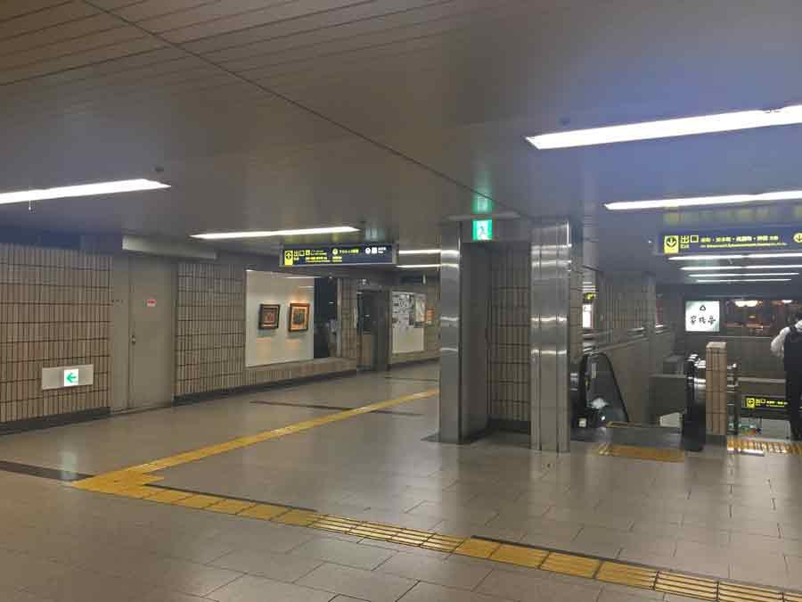 阪急池田駅のコンコース