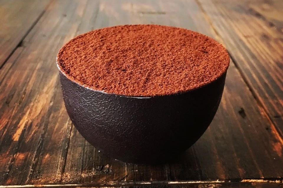 宝塚のコーヒー専門店しずくロースターのティラミス