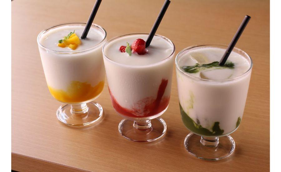 自家製甘酒を使った3種のスムージー