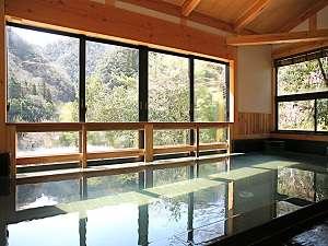 眺めの良い内風呂
