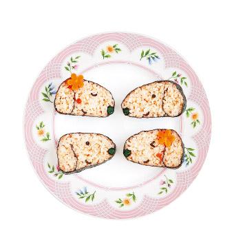 ダックスフンドの形をしたかわいいお寿司