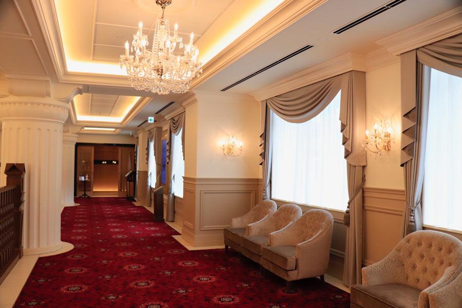 宝塚ホテル2階フロア