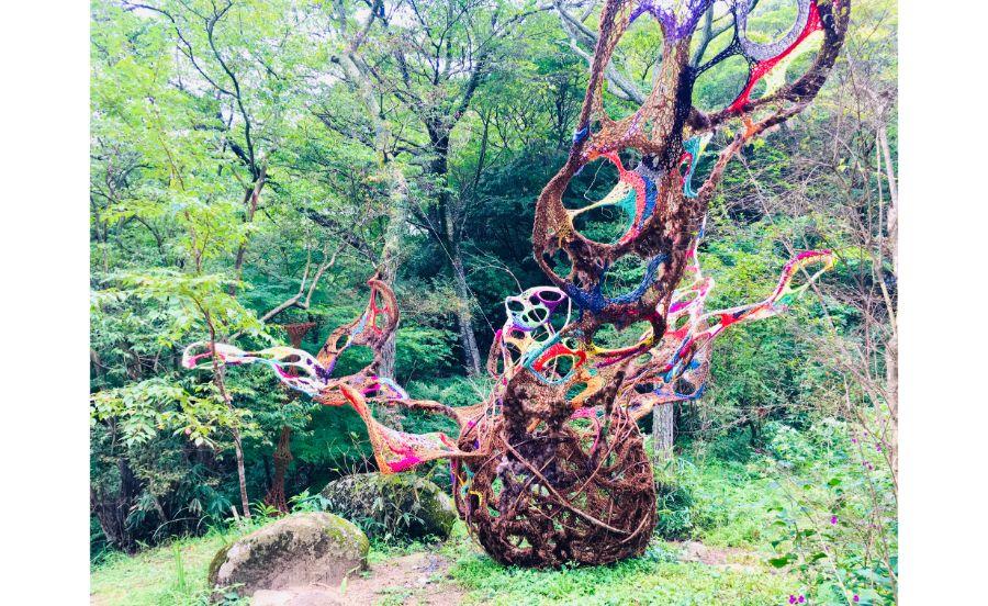 子育てをしながらアート活動を続ける林和音の作品