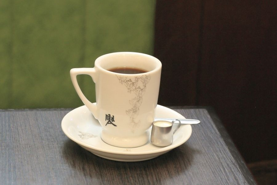 ブレンドコーヒーとフレッシュ