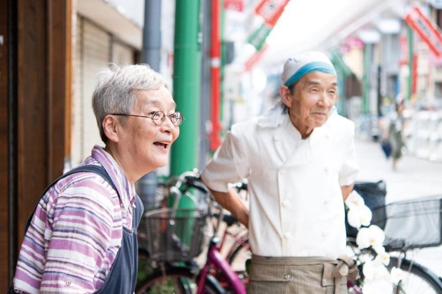 鶴本隆幸さん カズ 子さんご夫妻