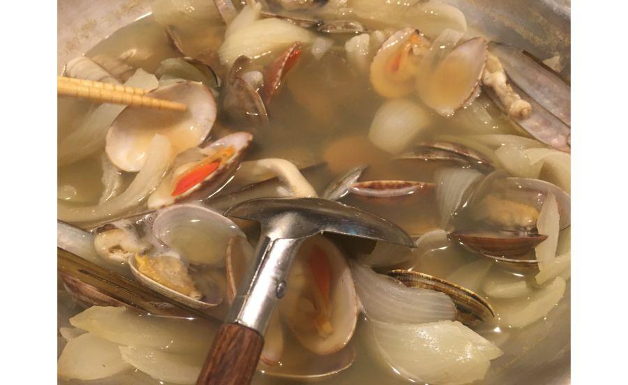 貝しか見えない貝鍋