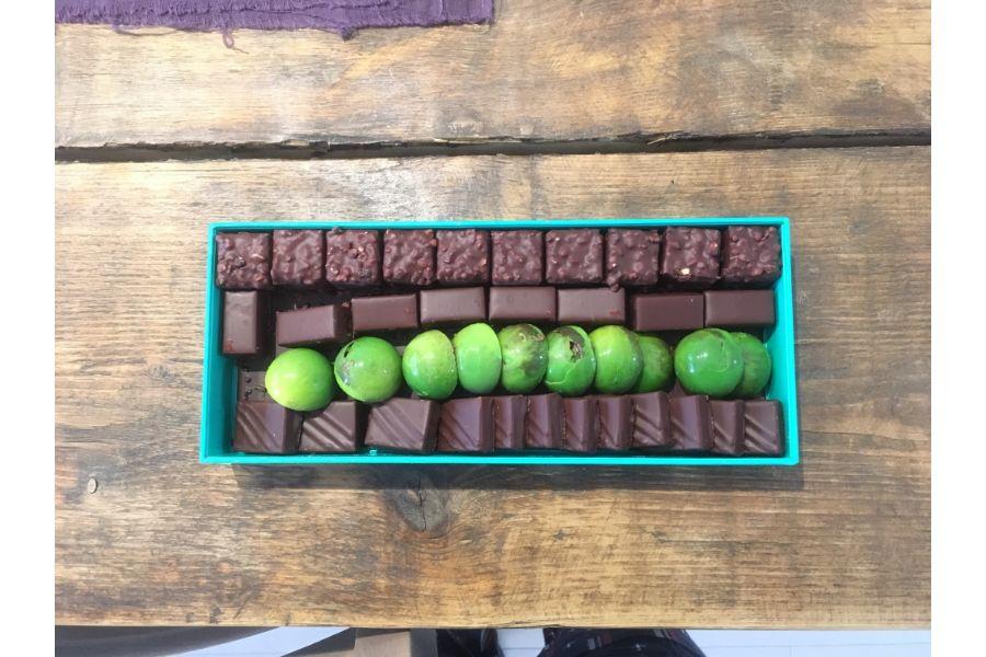 4種のチョコレートが詰まったアソート