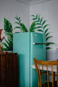 緑色の冷蔵庫