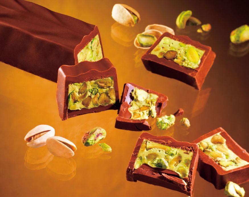 ピスタチオがぎっちり詰まったロイズのチョコレート