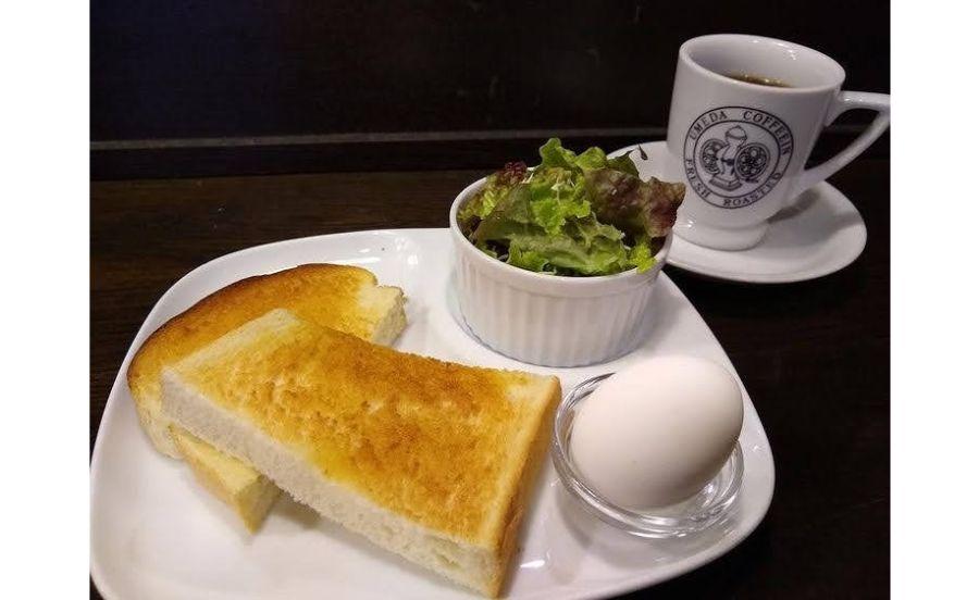 梅田コーヒー院のトーストセット