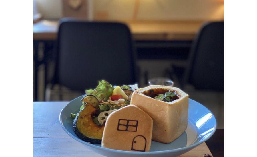 パンとカフェの店 BRUNOの幸せのおうちパンを使った食事メニュー