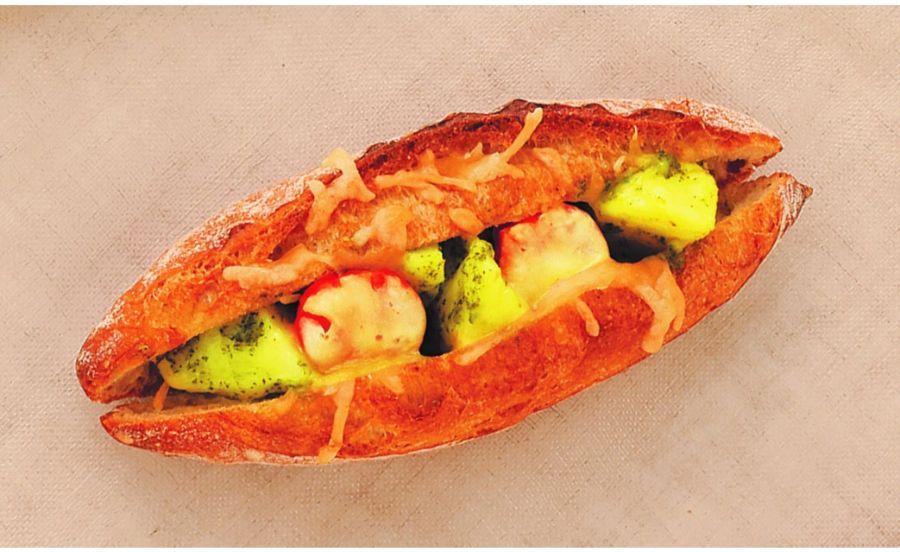 yotsu パン製作所のバジルじゃがフランス
