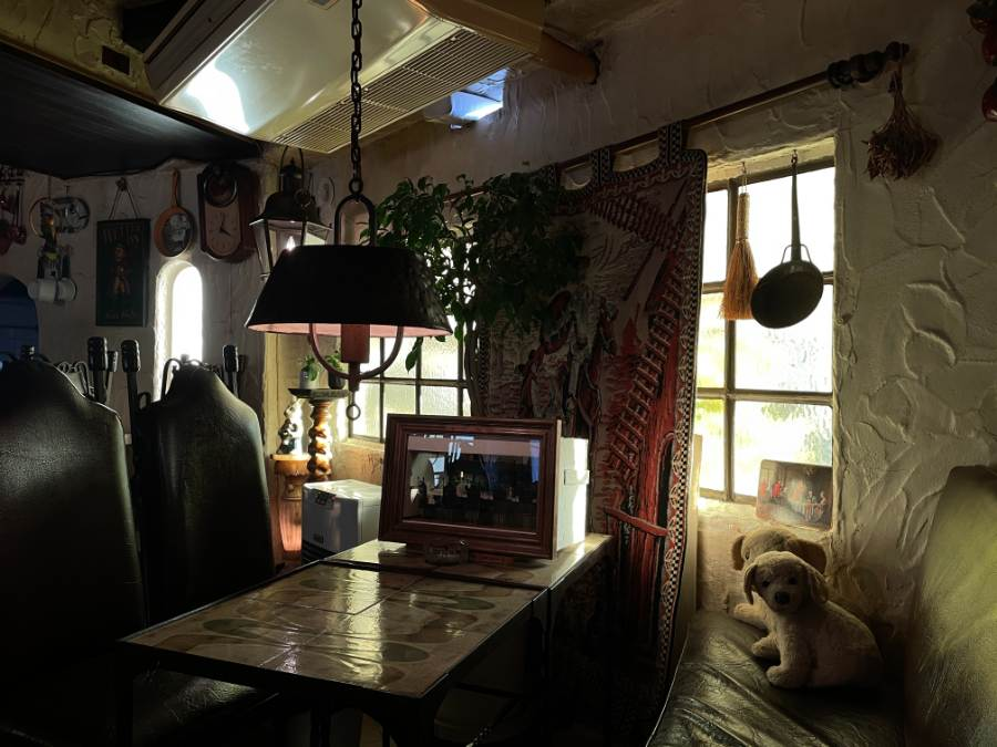 カロ―の窓際の席