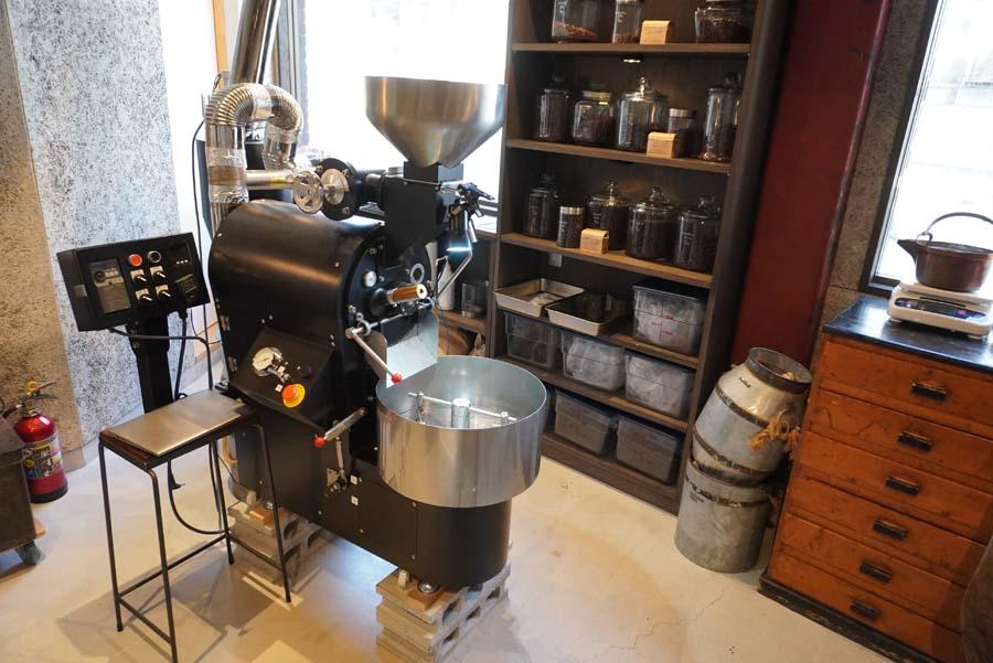 大山崎コーヒーロースターの焙煎機