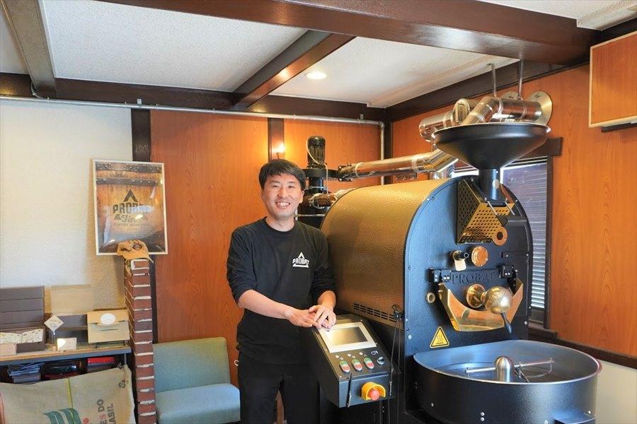 かみかわ珈琲焙煎所のオーナー