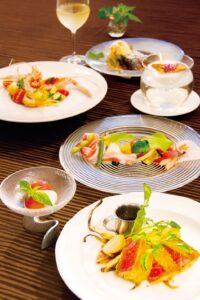 チンクエピゥーのコース料理