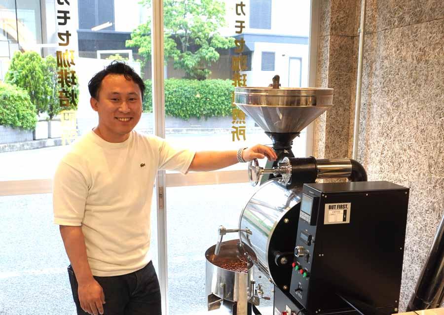 カモセ珈琲焙煎所のオーナー平田さん