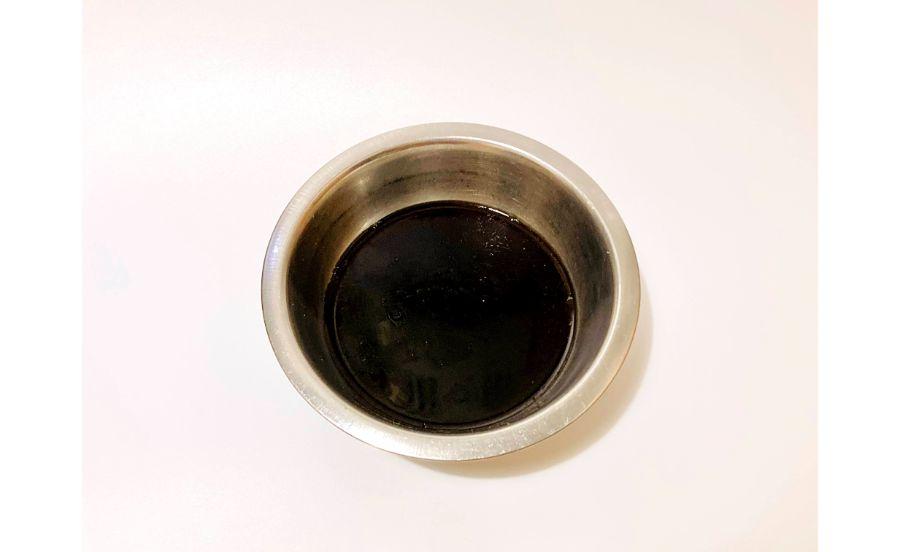 ボウルに入れたコーヒーゼリーの素